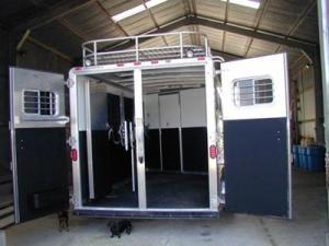 horse trailer 5
